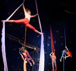 Piccola-scuola-di-circo-Milano-2-1 (1)